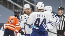 Hutchinson gets 6th shutout, Maple Leafs beat Oilers 3-0