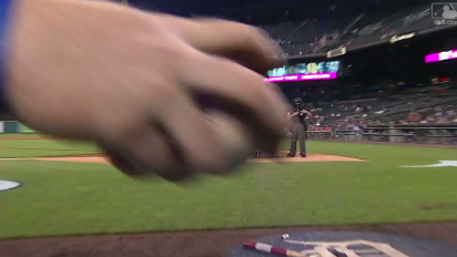 Tigers ballboy shows off catlike reflexes