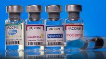 No importa que otros países lo hagan: aún no sabemos qué efectos tiene mezclar vacunas