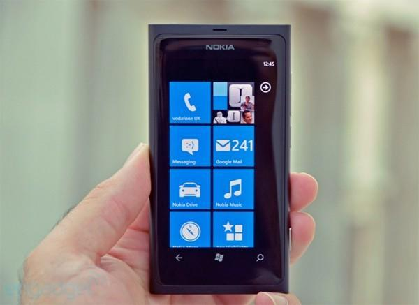 Nokia rolls out first update for Lumia 800, offers up new features for web-based 3D Maps on the side (video)