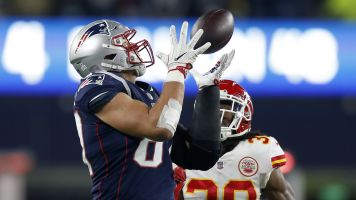 Flexing its muscle: NFL shifts Bengals-Chiefs to prime time