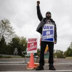 TIMELINE-UAW wrings higher pay from GM in deal to end strike, agrees to plant closings