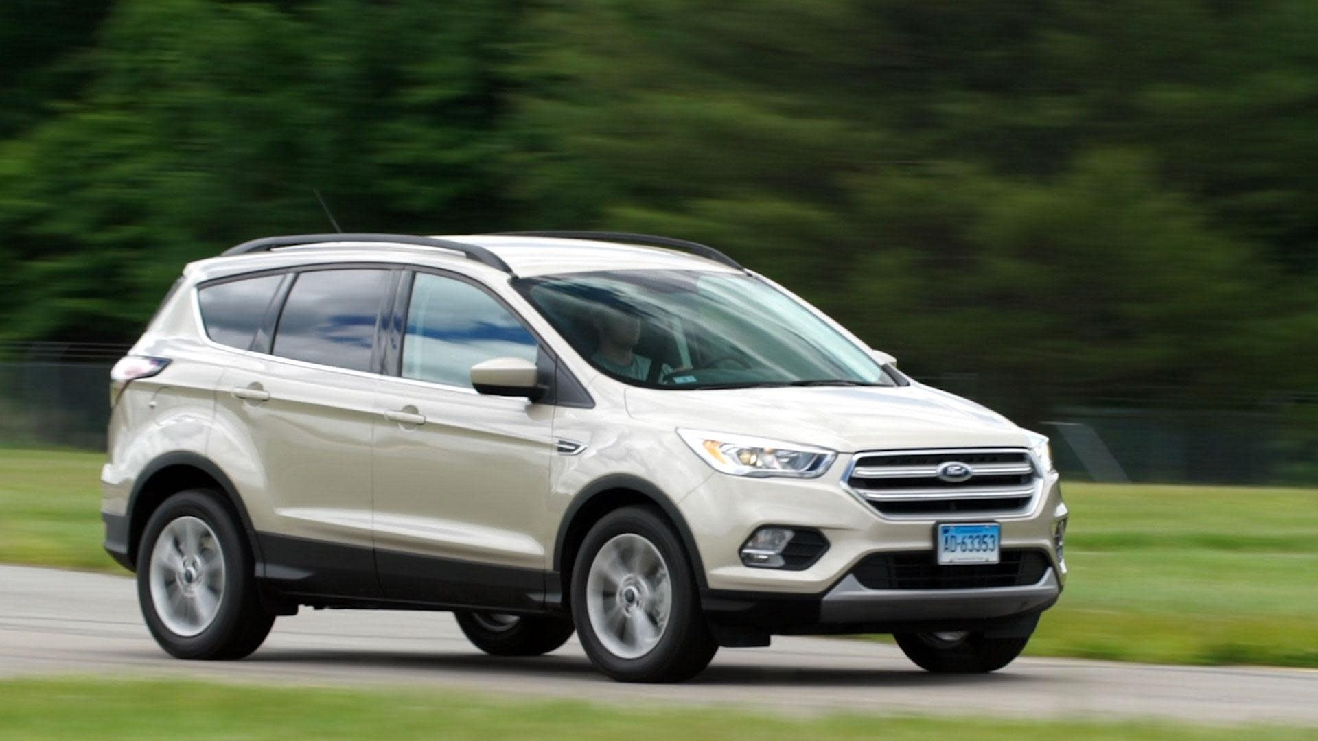 2017 ford escape maintains athletic appeal. Black Bedroom Furniture Sets. Home Design Ideas