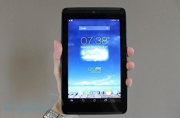 ASUS refreshes its Fonepad 7 phone / tablet with dual speakers, we go ears-on (video)