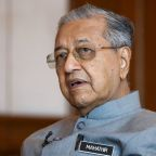 U.S. sanctions on Iran violate international law: Mahathir