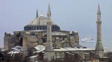 La Justicia turca abre la puerta a la reconversión de Santa Sofía en una mezquita