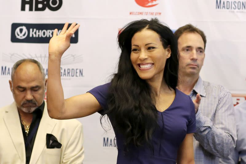 Braekhus suffers first pro defeat as McCaskill takes titles