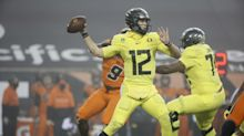 Oregon Ducks fall 12 spots in latest AP Poll after loss to Oregon State