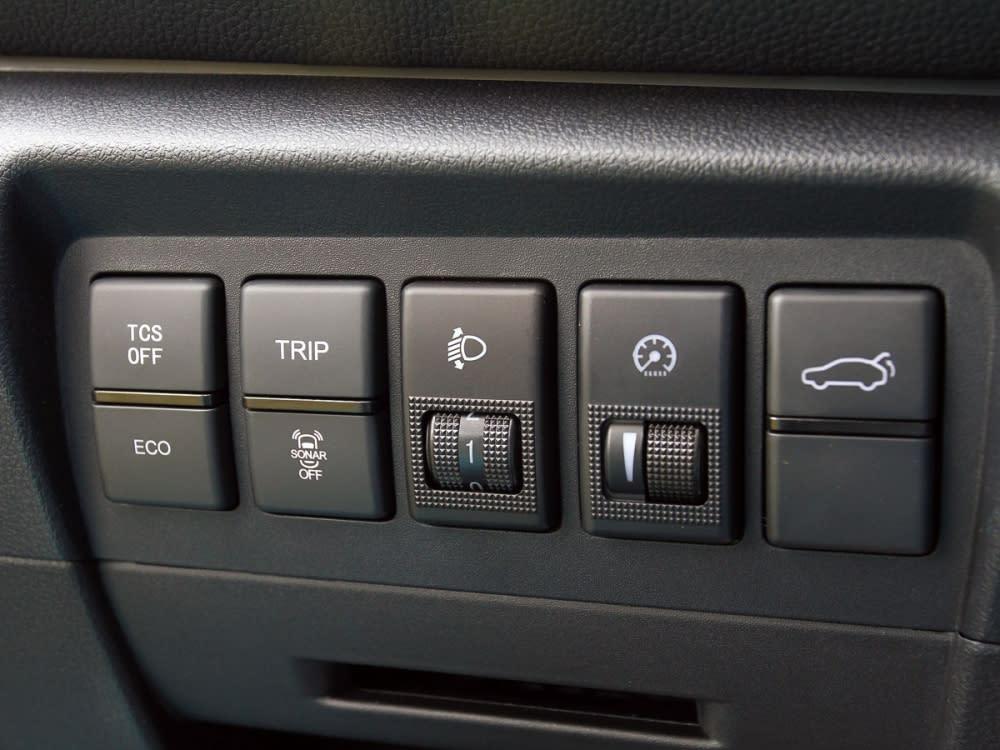 搭載豐富主動安全系統,即時避免行車意外發生。