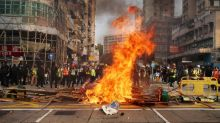 Nuevas escenas de caos en Hong Kong durante una protesta no autorizada