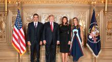 Los tres guiños del vestido de Begoña Gómez en el posado con los Trump