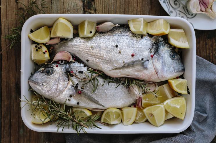¿Por qué los cristianos comen pescado en Pascua? Las razones detrás de la tradición del Viernes Santo