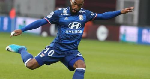 Foot - L1 - OL - OL : Alexandre Lacazette en pointe, Mathieu Valbuena sur le banc contre Nantes