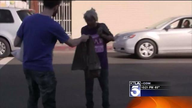 Man Hands Out Abercrombie Clothes on Skid Row in Bid to Shame Brand