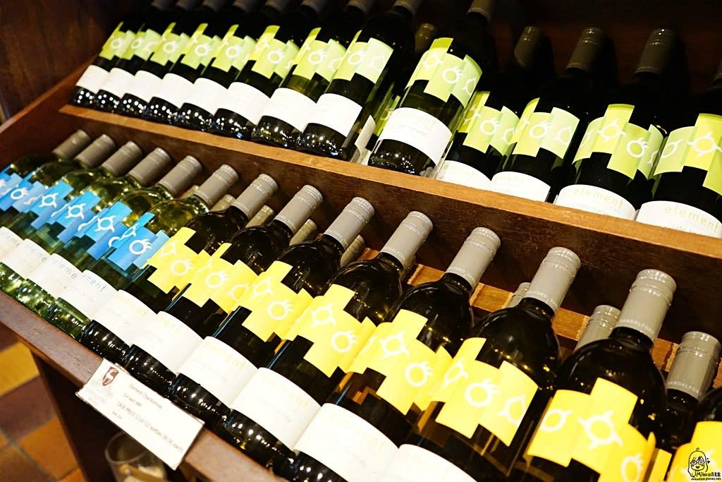 『澳洲。西澳』 Sandalford Wines 天鵝河谷內歷史最悠久 規模最大的私人釀酒廠之一,提供試喝 中文服務|雄獅 玩轉西澳 七日 粉紅湖 沙漠小探險之旅