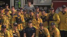 Rob Lowe hilft der Feuerwehr im Kampf gegen die Flammen