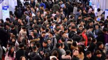 Coronavirus weakens job market for record number of Chinese graduates