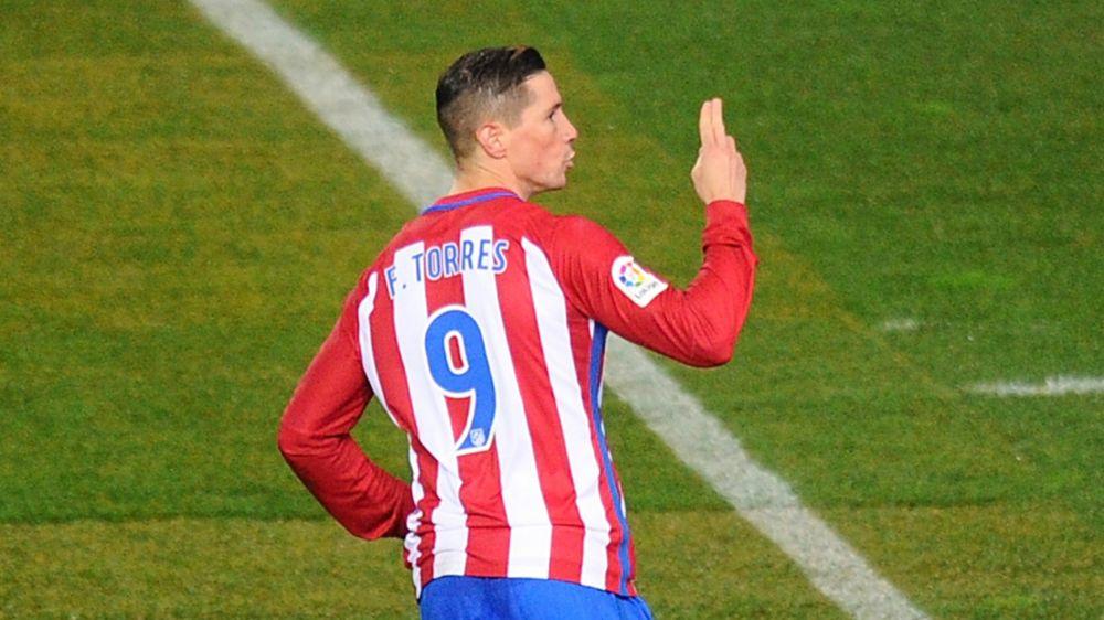 Torres firmó dos asistencias en Liga por primera vez en un partido