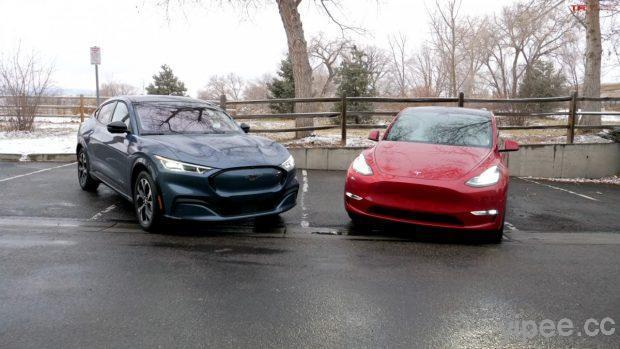 外媒評論福特野馬 Mustang Mach-E VS. 特斯拉 Tesla Model Y,電動車科技誰贏?
