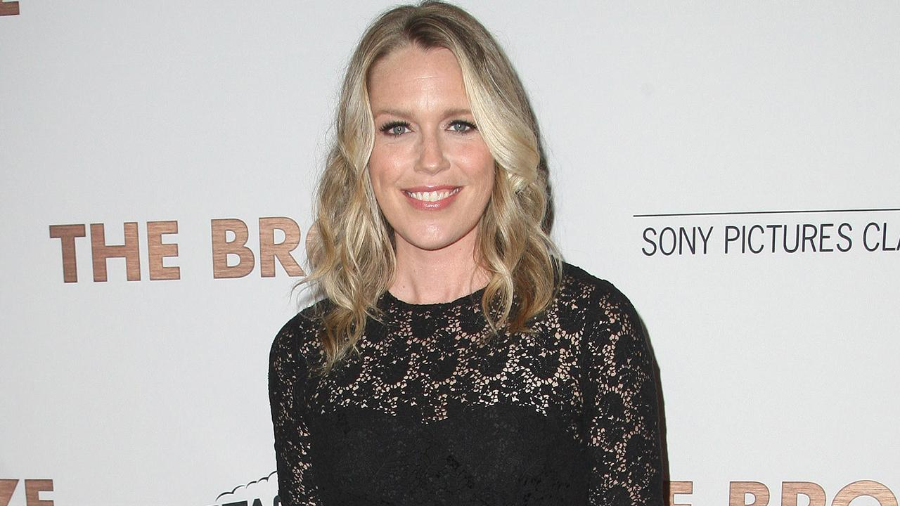 Andie Macdowell Bra Size playing house' star jessica st. clair pens emotional essay