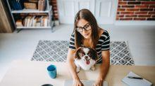 ¿Necesitas mejorar tu espacio de trabajo en casa? Invierte en éxito y salud con estos consejos de expertos