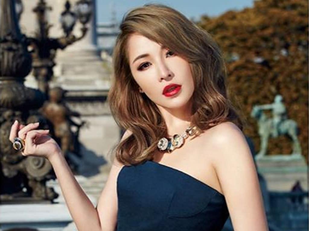 Elva Hsiao Prepares For New Album