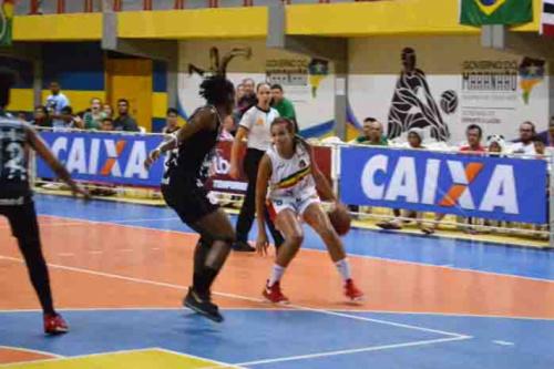 Santo André e Uninassau se enfrentam nas semifinais da LBF