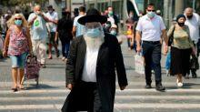 """""""S'il avait un peu réfléchi avant, peut-être qu'on aurait évité ça"""" : la colère des Israéliens contre leur gouvernement après l'annonce du reconfinement du pays"""