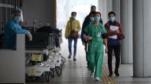 Coronavirus update: At least 425 deaths, 176 confirmed cases outside of China, S&P predicts outbreak will stabilize in April