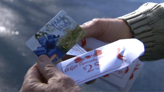 Secret donors hand out gift cards in Oxnard