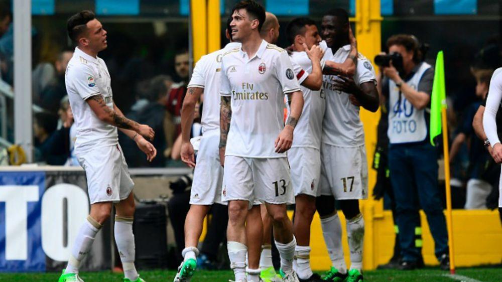 """Montella su di giri: """"Derby memorabile. Recupero giusto, l'Inter perdeva tempo"""""""