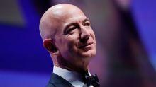 Jeff Bezos punta alla Luna e vende azioni Amazon
