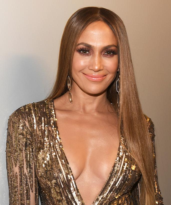 d lo dating site Jennifer lopez is opening about her public relationships — and why it just works with boyfriend alex rodriguez the actress-singer, 49, bares nearly all in her cover story for the december issue.
