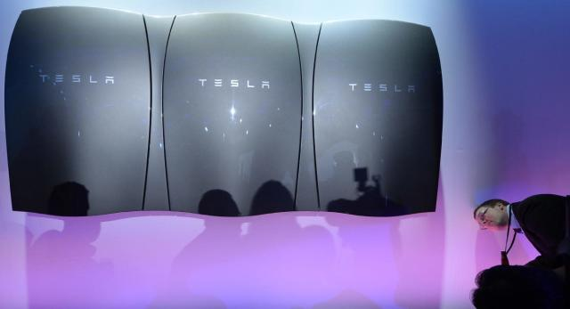 Tesla is launching new Powerwall home batteries in 2016