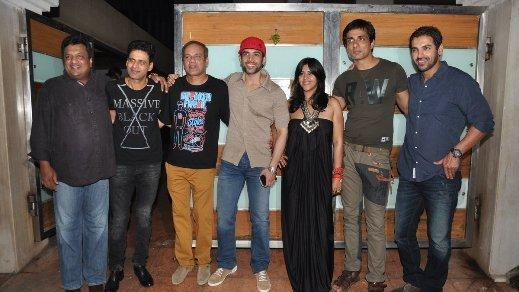 Star stubbed success party of SAW