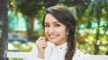 Shraddha Kapoor Extends Her Helping Hand, Aids Paparazzi Financially During Lockdown