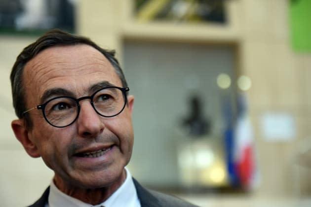 Pass sanitaire: Bruno Retailleau brandit la menace d'un désaccord entre sénateurs et députés