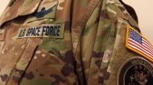 Le Pentagone a dévoilé les premiers uniformes de la force spatiale américaine et ils ont bien fait rire les internautes