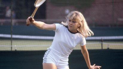 Sue Barker reveals old tennis coach secretly returned her cash gifts