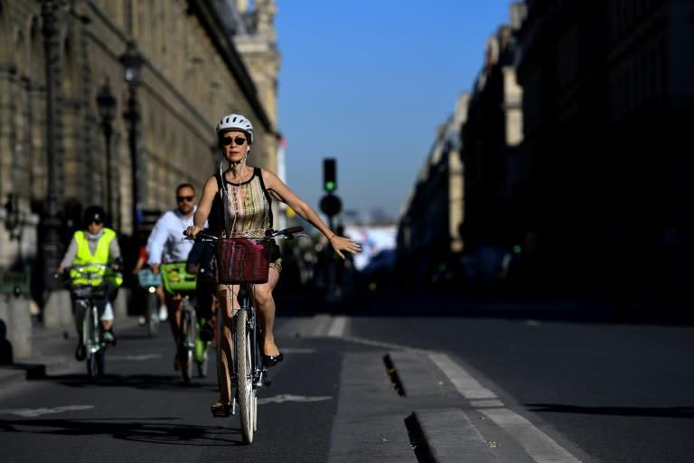 Paris to keep new cycling paths beyond pandemic