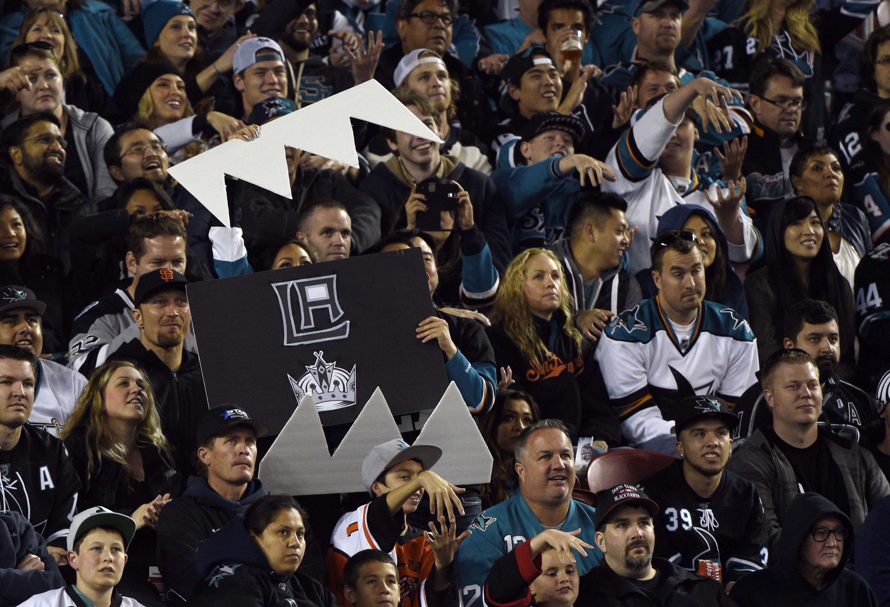 sharks kings dating commercial Pavelski's 2 goals lead sharks past kings in giving up seven goals in a 69-minute span dating to that any commercial use or distribution without the.