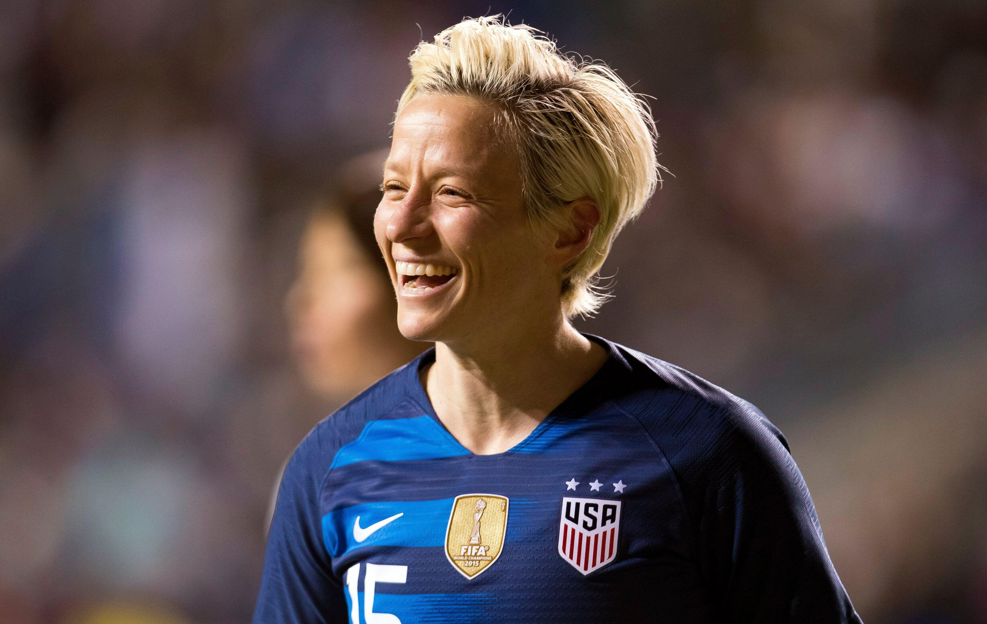 Megan Rapinoe First Openly Gay Woman Posing For Sis Swimsuit Issue
