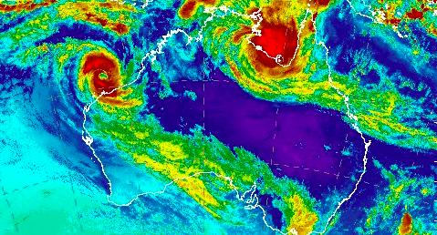 'Don't drown': Destructive Cyclone Trevor set to smash Northern Territory