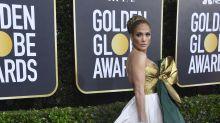 JLo y su look 'regalo' en los Globos de Oro 2020