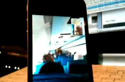 FaceTime video call works beautifully on airplane's in-flight WiFi (video)