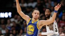 NBA roundup: Warriors score record 51 in 1st quarter