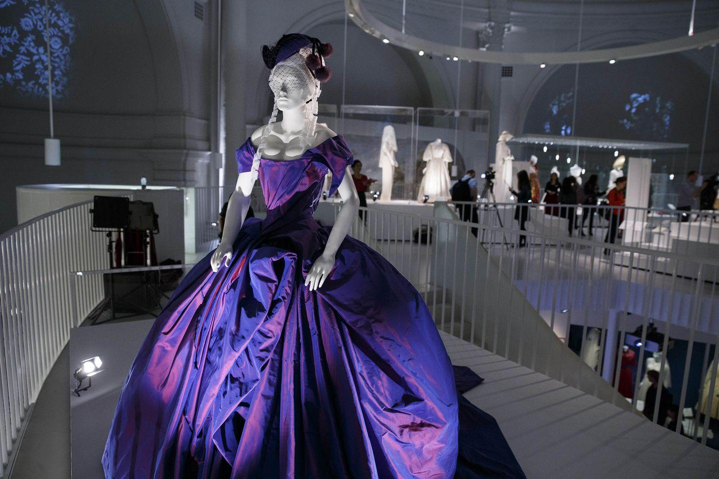 The Purple Wedding.The Best Colourful Celebrity Wedding Dresses