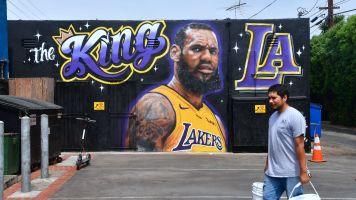 How diehard Kobe fans are adjusting to LeBron