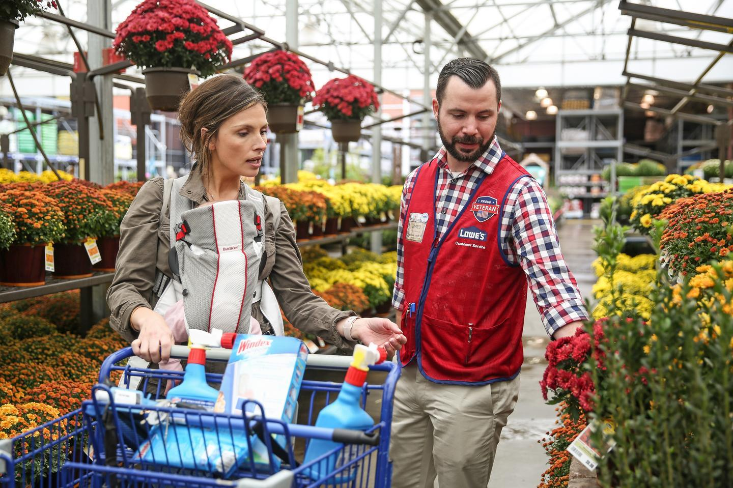 News post image: Lowe's commits $25M to coronavirus fight, cuts store hours