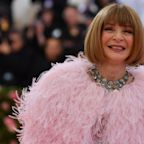 Anna Wintour 'sorry' for using racist word at Vogue